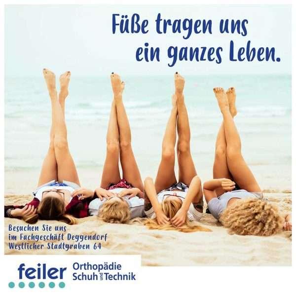 """alt """"Sommer Damen am Strand zeigen ihre Füße"""""""